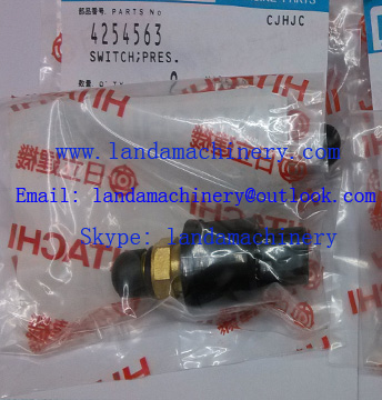 Hitachi 4254563 Pressure Switch for EX200 Excavator