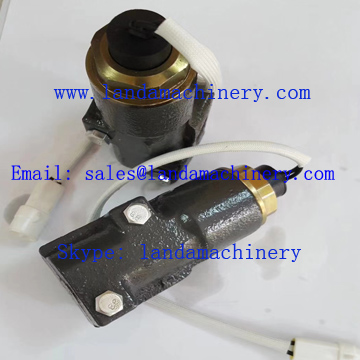 Hitachi Excavator Hydraulic Pump Parts Solenoid Valve 4444902